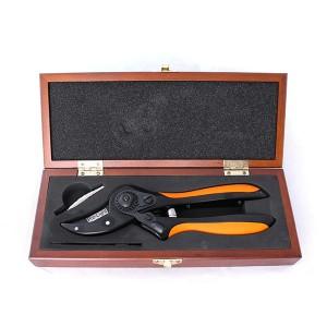 قیچی باغبانی لایت مدل LIGHT JH-7011W به همراه جعبه چوبی